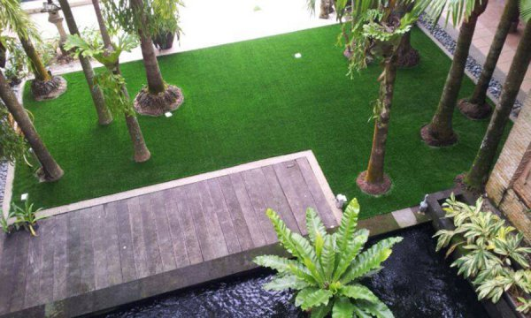 artificial grass on decking