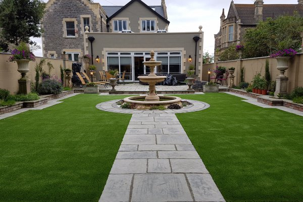 Artificial-grass-lawn