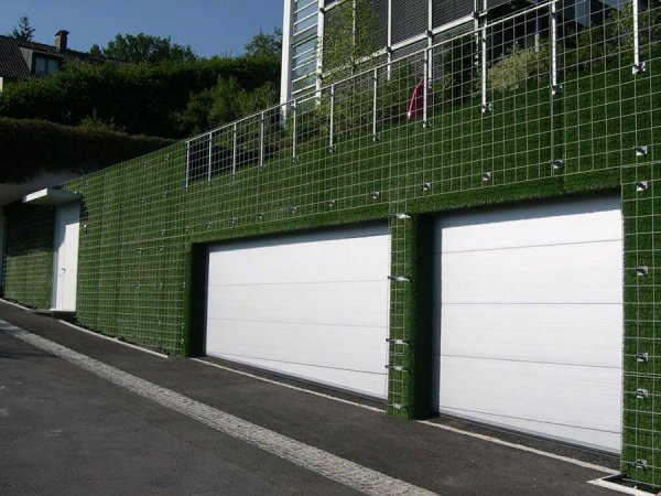 synthetic turf for a garage wall